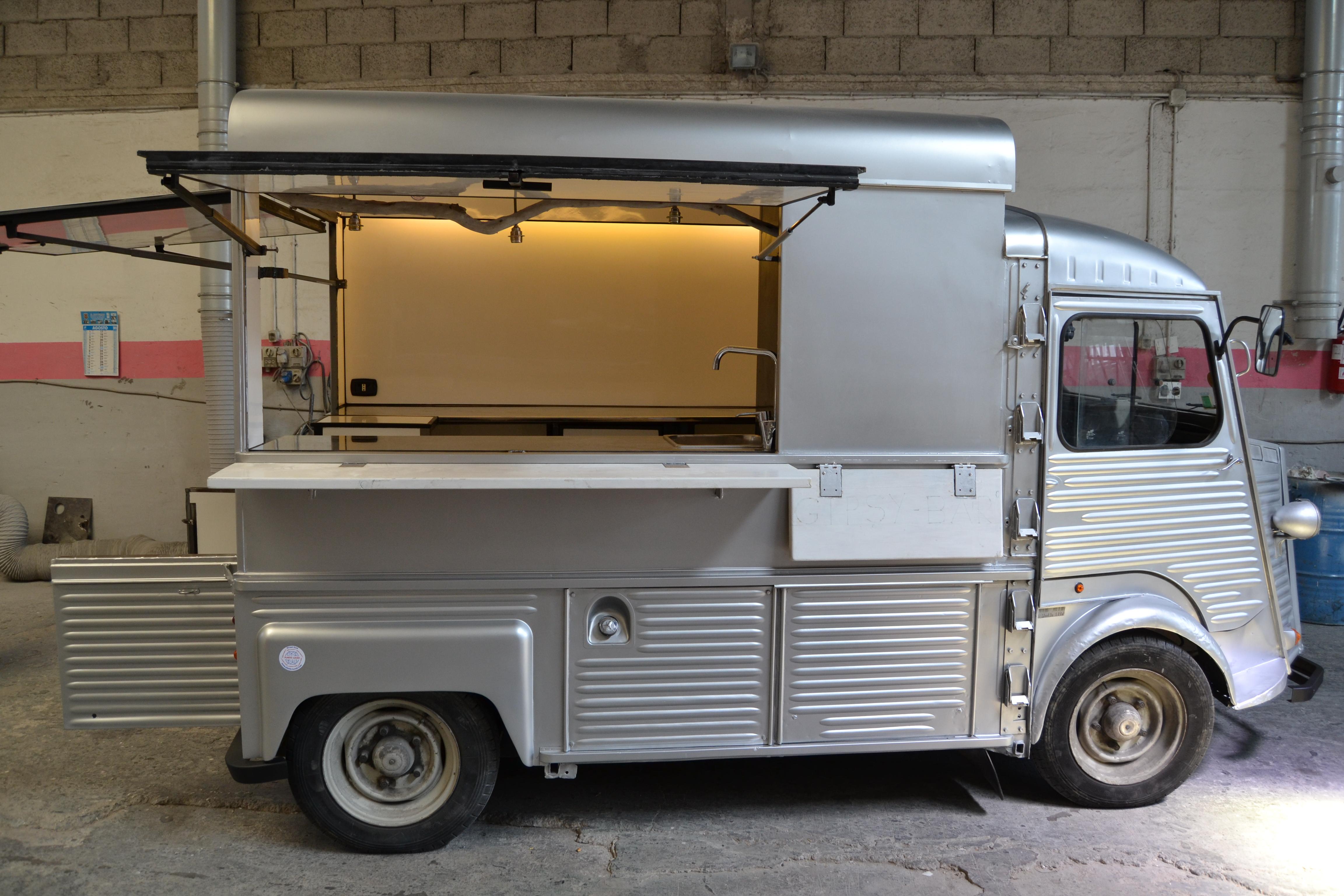 Via Napoli Food Truck